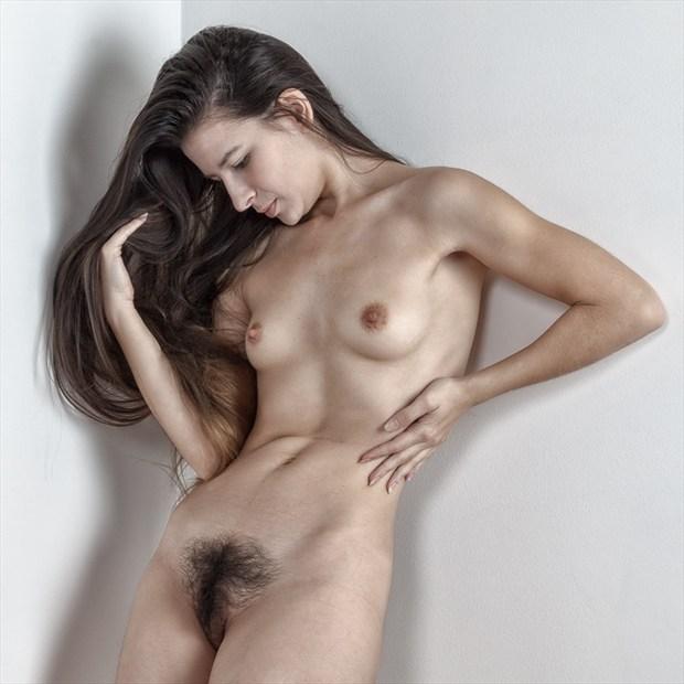 Corner Shot Artistic Nude Photo by Photographer rick jolson