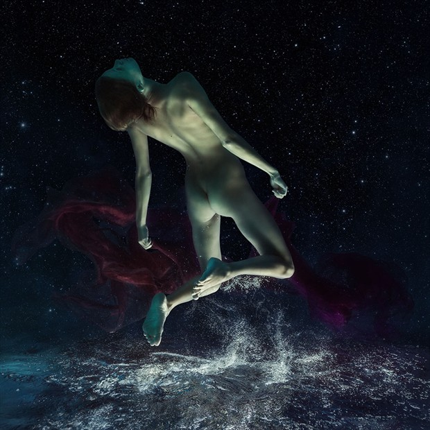 Cosmos Artistic Nude Photo by Photographer dml