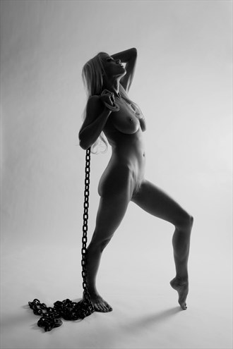 Courtney in Chains %237 Artistic Nude Photo by Photographer artistrefuge