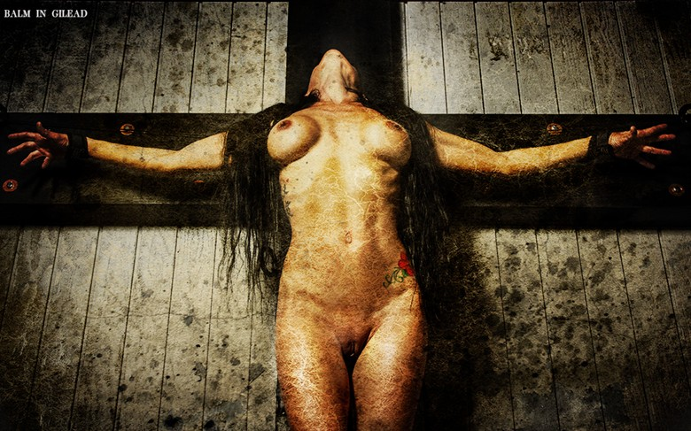 Crucified Artistic Nude Photo by Photographer balm in Gilead