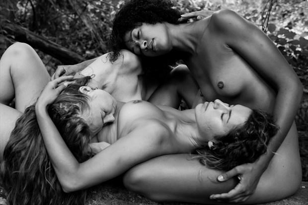 Cuddle Puddle Artistic Nude Photo by Photographer DaveMylesPhotography