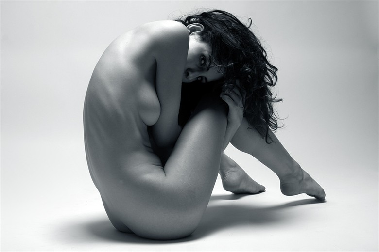 Curl Artistic Nude Photo by Photographer Mick Waghorne