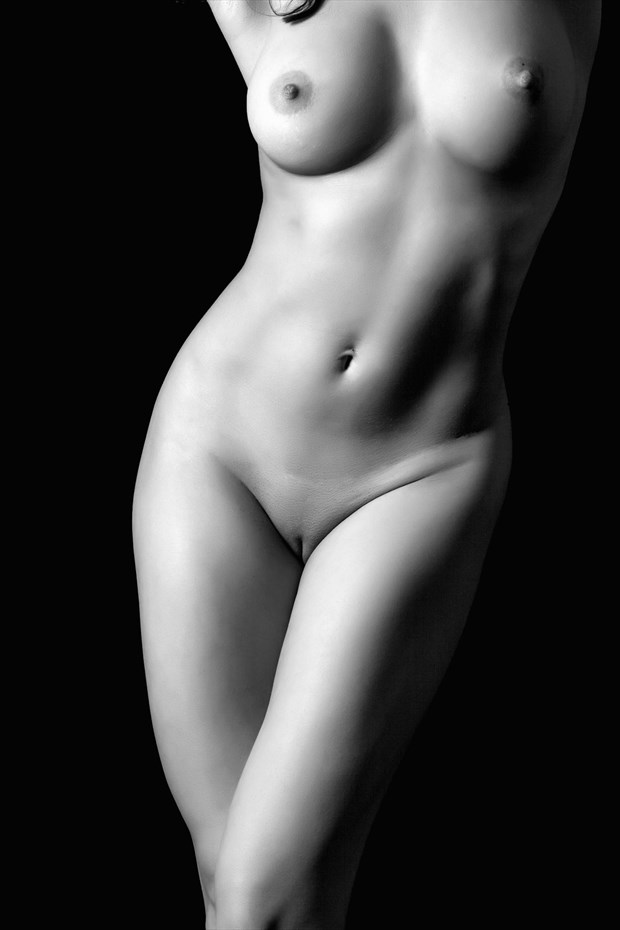 Curves Artistic Nude Photo by Photographer Dream Digital Photog