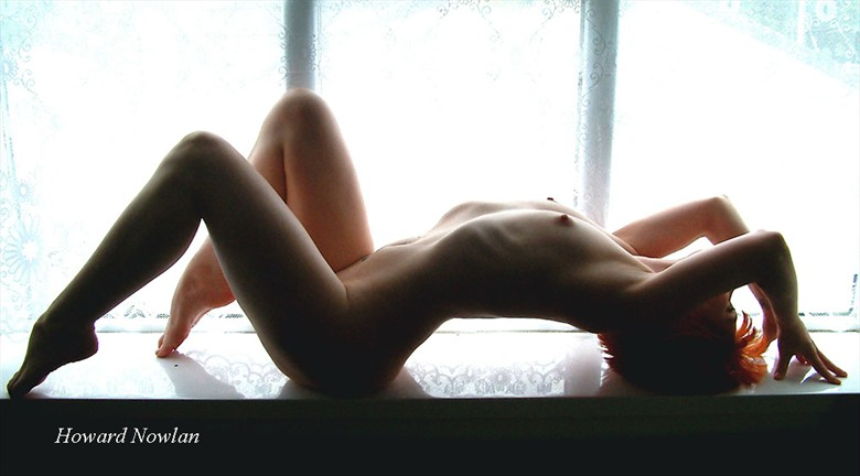Curves Artistic Nude Photo by Photographer Howard Nowlan