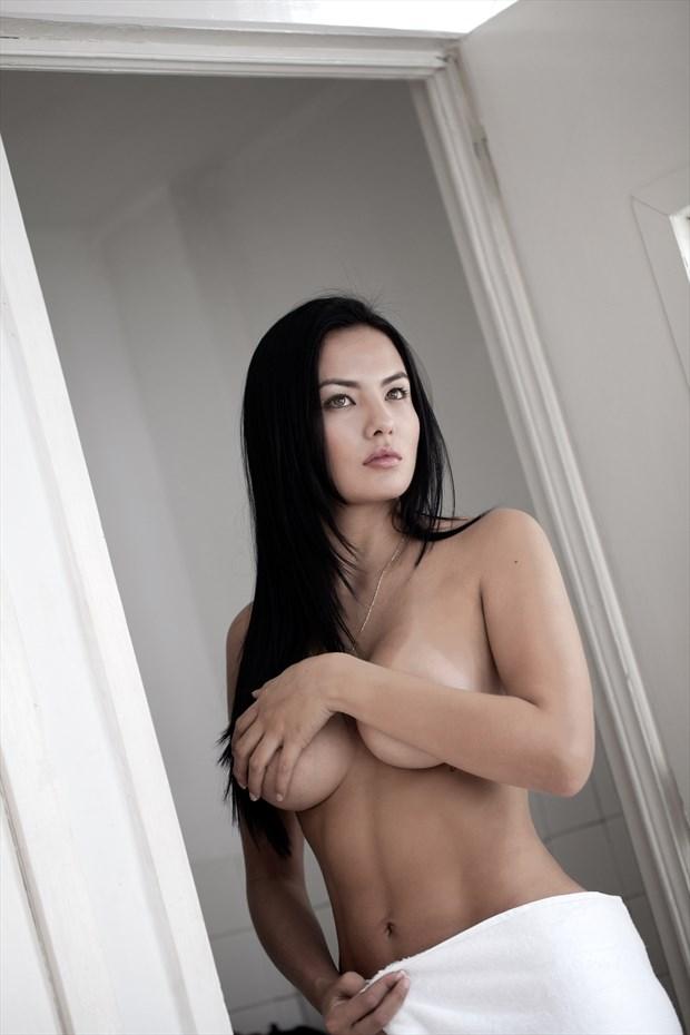 DIANA Artistic Nude Photo by Photographer gustavo combariza