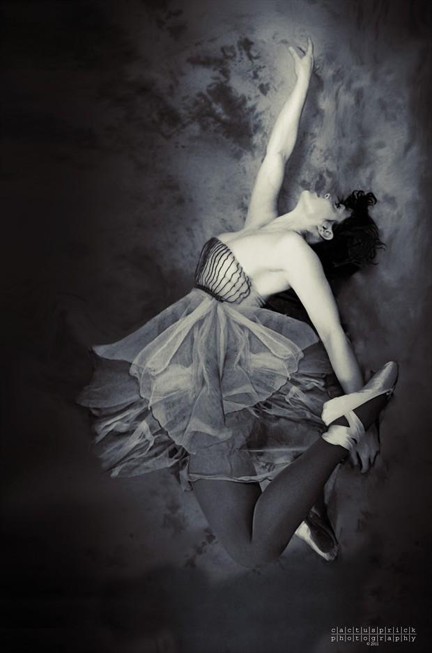 Dance Cosplay Photo by Photographer Cactusprick
