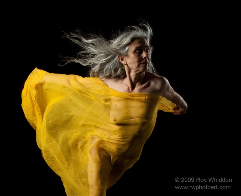 Dancer in Yellow Studio Lighting Photo by Photographer Roy Whiddon