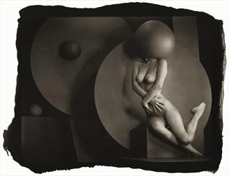 Dancing Ball Artistic Nude Photo by Photographer Thomas Sauerwein
