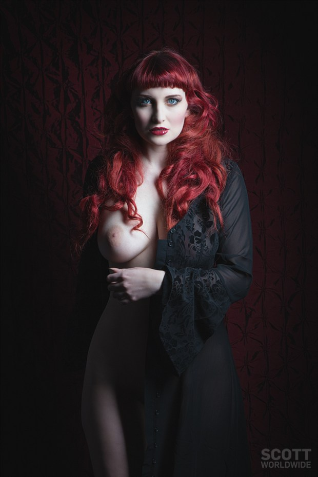 Dark Artistic Nude Photo by Model Cat Ropo