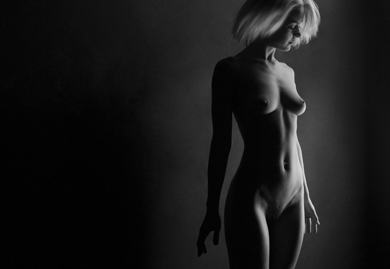 Dascia Artistic Nude Photo by Photographer Adrian