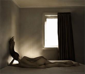 Der Morgen Danach Artistic Nude Photo by Artist Daria Endresen
