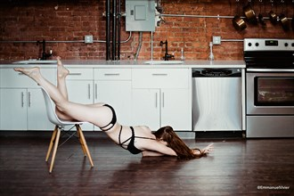 Desesperate Housewife with Brooke Eva Model Erotic Photo by Photographer EmmanuelVivier