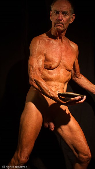 Discus Front Twist Artistic Nude Photo by Model John Collins El Paso TX