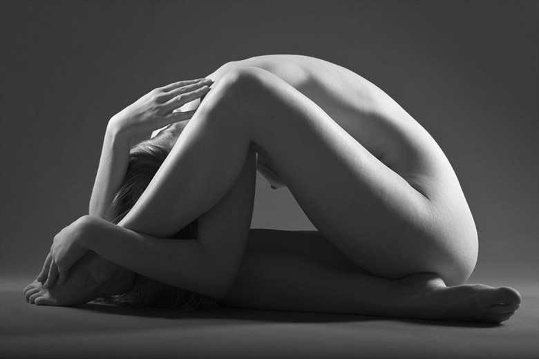 Dome Artistic Nude Photo by Photographer John Evans