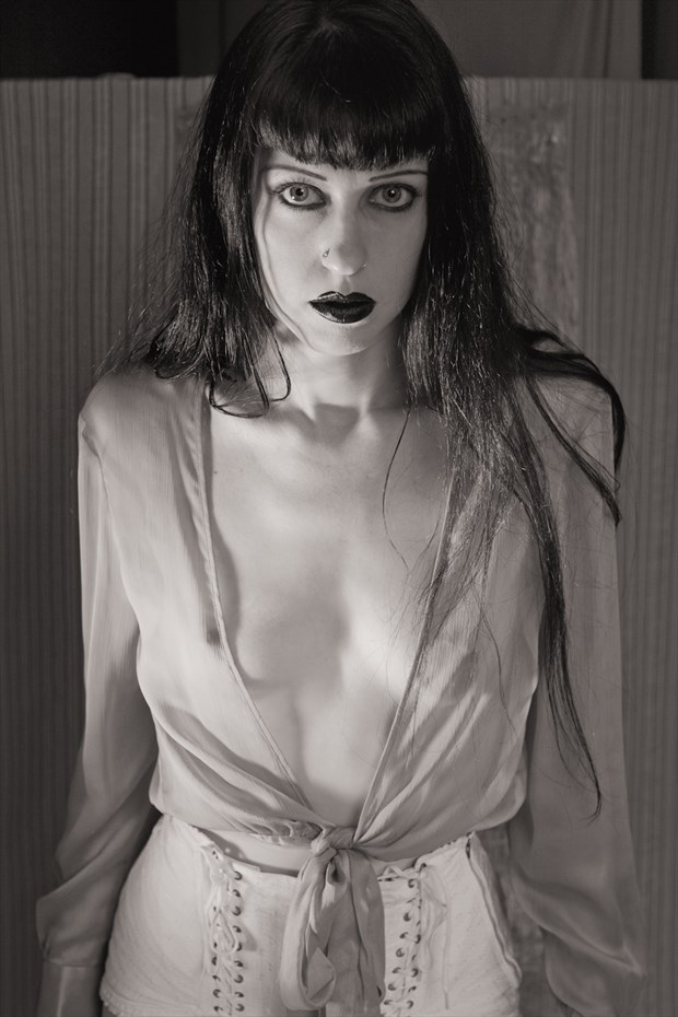Dorothy Artistic Nude Photo by Photographer Kelly Rae Daugherty