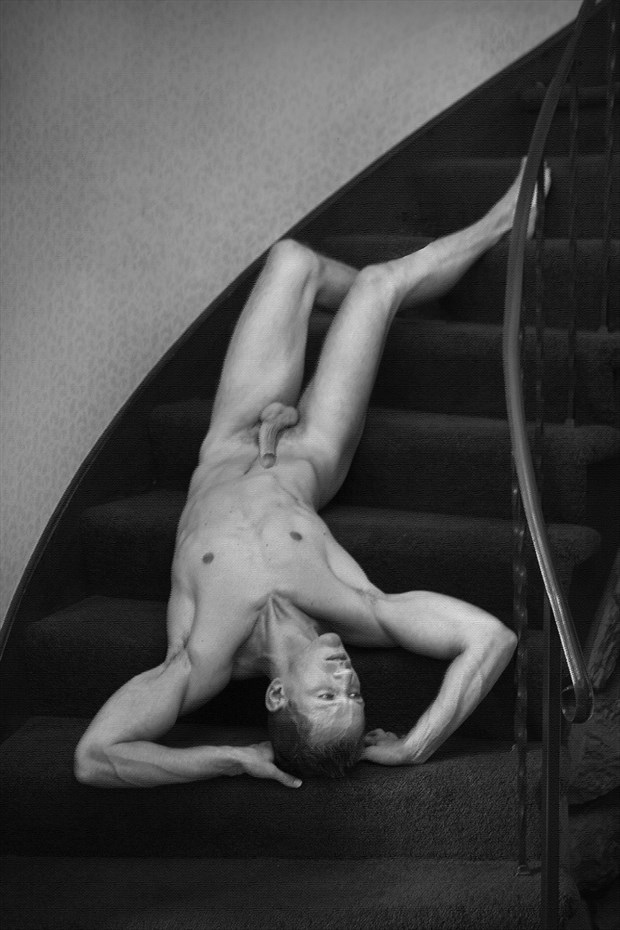 Downstairs Artistic Nude Photo by Photographer thomasnak
