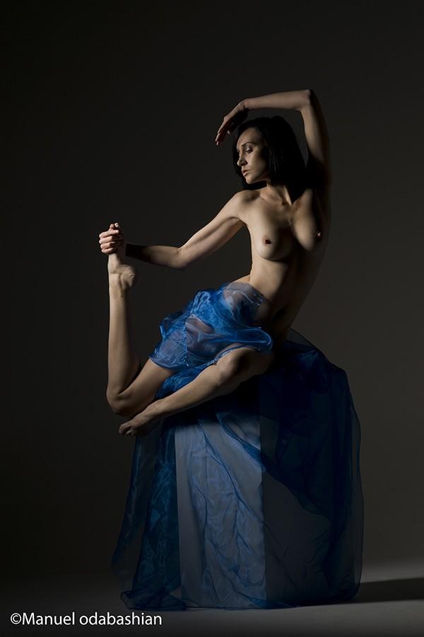 Draped on box Artistic Nude Artwork by Photographer mannybash