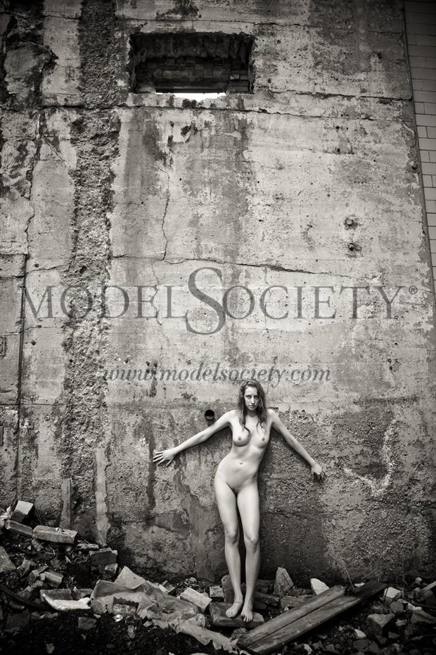 DreaLyn Artistic Nude Photo by Photographer GaryMPhoto