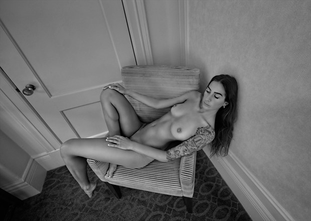 Dreaming Artistic Nude Photo by Photographer Mindplex
