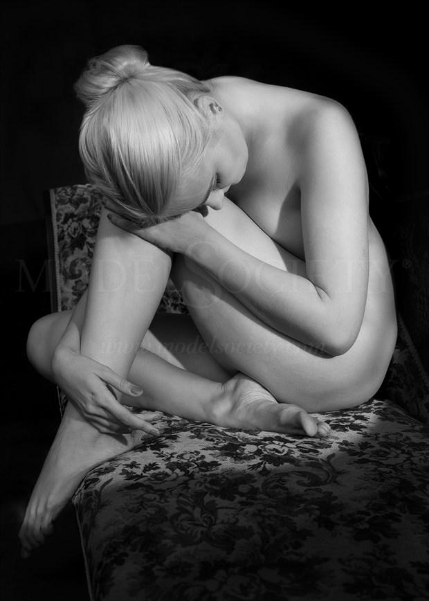 Dreaming Artistic Nude Photo by Photographer Tommy 2's