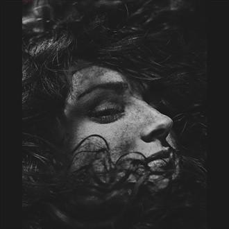 Drowning Portrait Photo by Photographer Daria Pitak