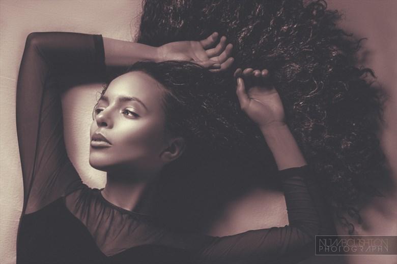 ELEGAIC Glamour Photo by Model Bayleaf