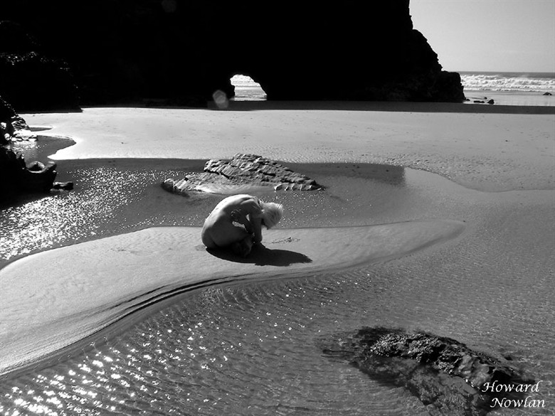 Earthbound Artistic Nude Photo by Photographer Howard Nowlan