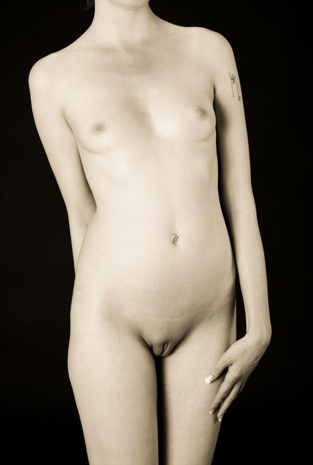 Elan's Hand Artistic Nude Photo by Photographer lancepatrickimages