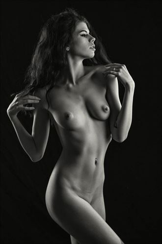 Ella Thrasher Shoulder To Shoulder Artistic Nude Photo by Photographer bemymuse