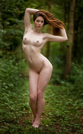 Elle Beth Artistic Nude Photo by Photographer Drew Smith