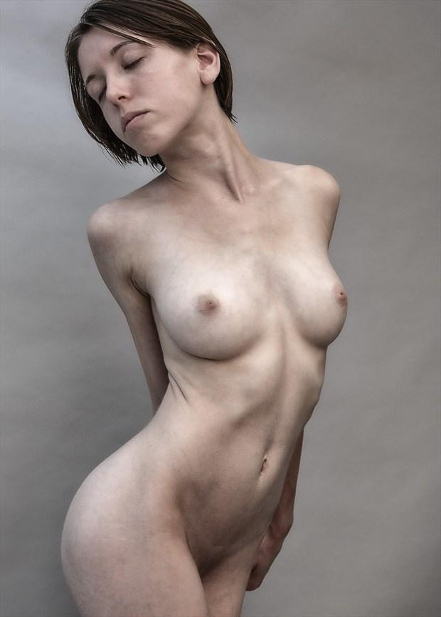 Em. Artistic Nude Photo by Model melancholic