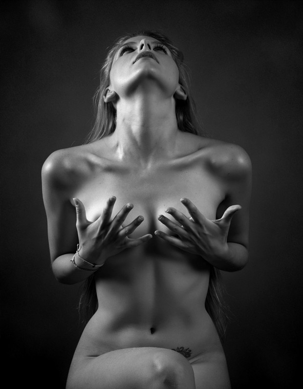 Energy Artistic Nude Photo by Photographer Jos%C3%A9 M. Mendez