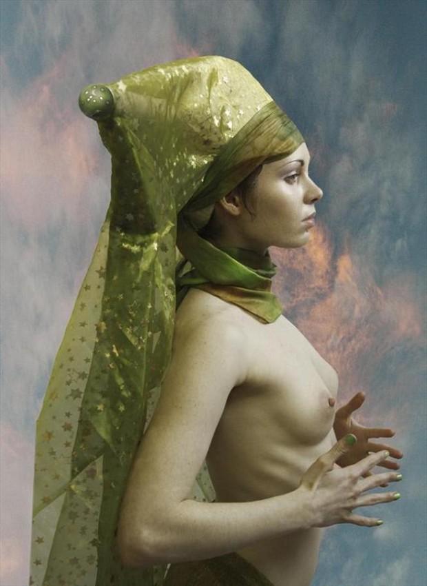 Enigmatta Artistic Nude Photo by Photographer Douglas Ross
