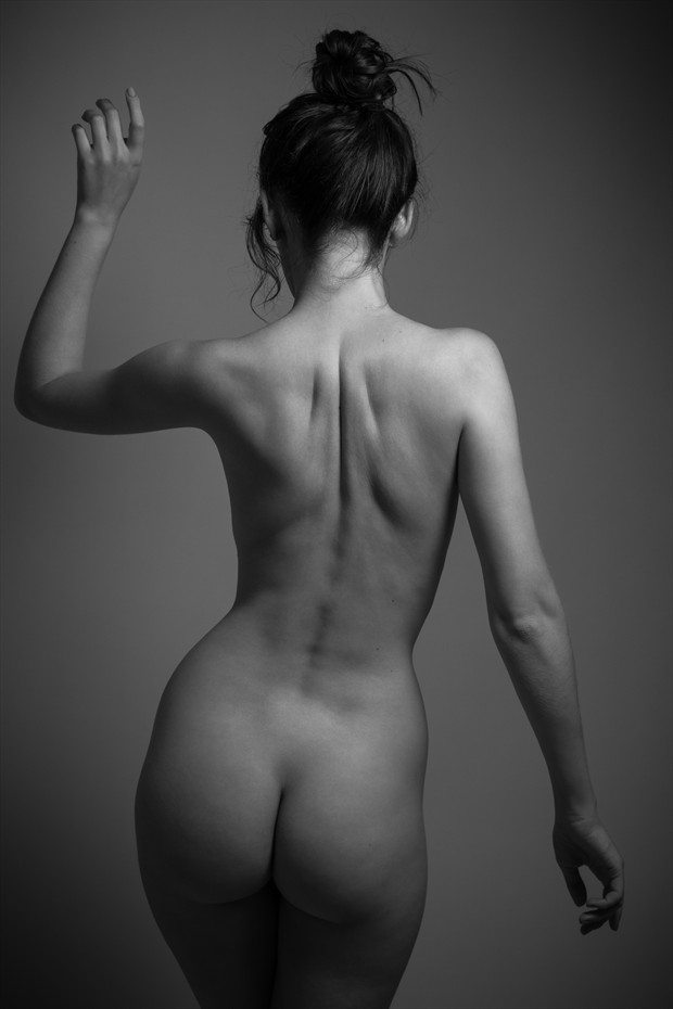 Erica Artistic Nude Photo by Photographer Fr%C3%A9d%C3%A9ric Desch%C3%AAnes