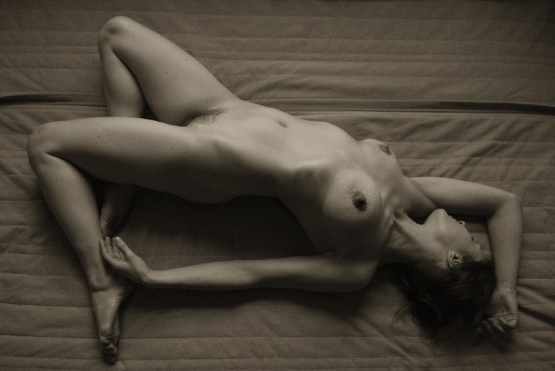 Erin Artistic Nude Photo by Photographer Jyves