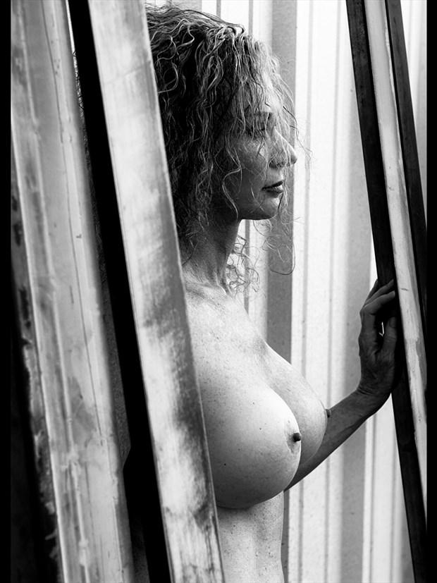 Erotic Natural Light Photo by Model Sirsdarkstar