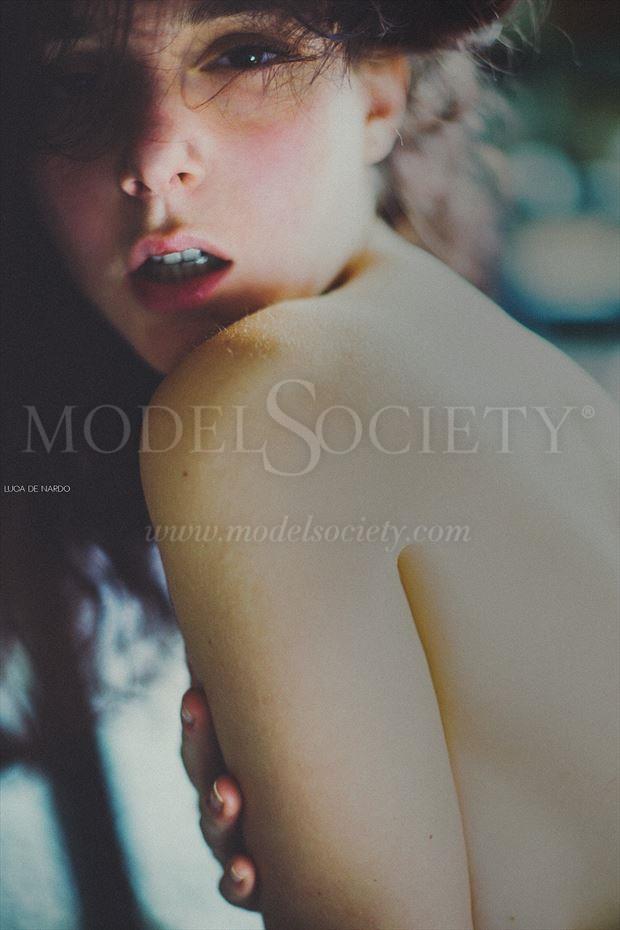 Erotic Sensual Photo by Model H%C3%A9rodiade