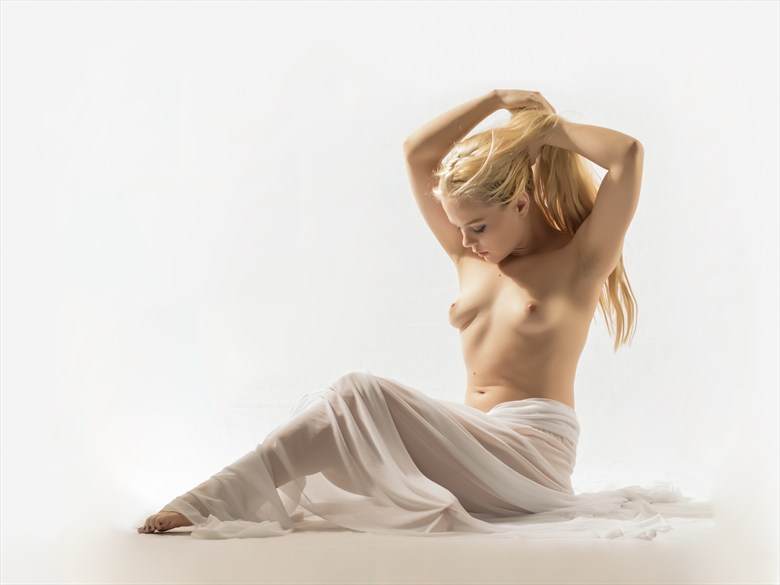 Ethereal Nude Artistic Nude Photo by Photographer CF Photography
