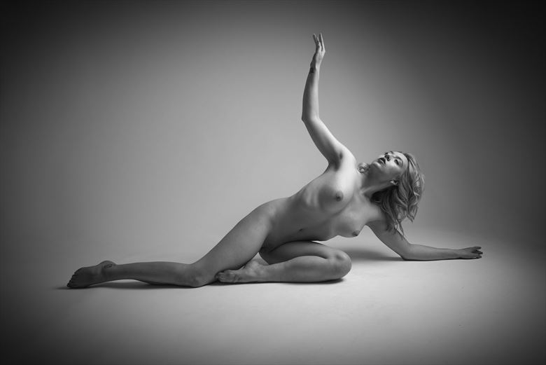 Exquisite Art Artistic Nude Photo by Photographer NeilH