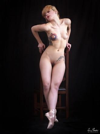 F. P. Artistic Nude Photo by Photographer Luigi Prearo