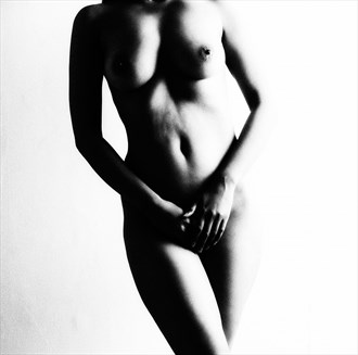 FEMALE FIGURE Artistic Nude Photo by Photographer IG