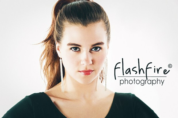 FLASHFIRE EYES Glamour Photo by Model Charlotte Dell'Acqua