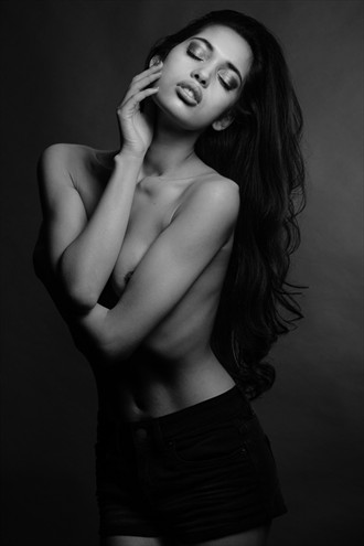 Fashion Figure Study Photo by Photographer Stefano Brunesci