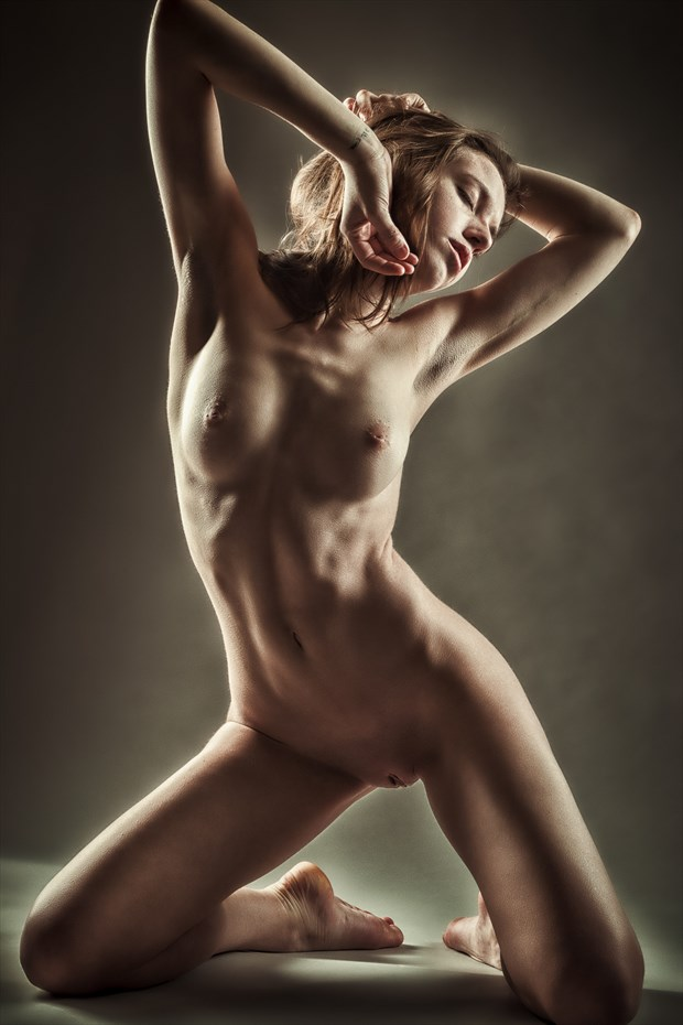 Feeling the Light Artistic Nude Photo by Photographer rick jolson