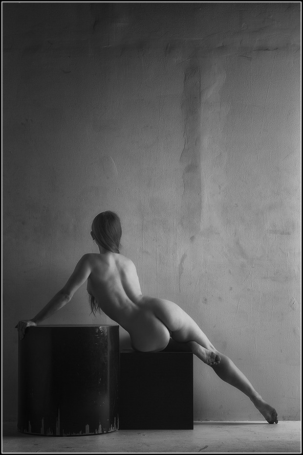 Figure Study 1 Artistic Nude Photo by Photographer Magicc Imagery
