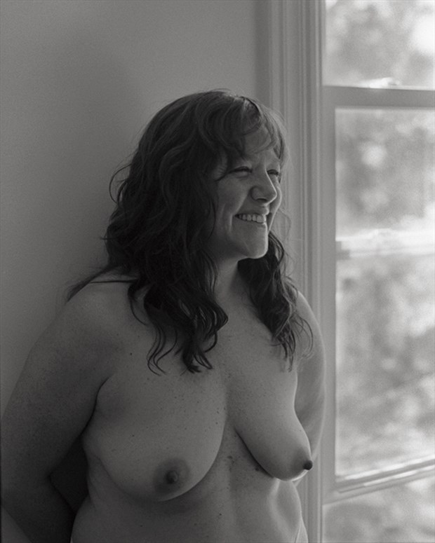 Figure Study Natural Light Photo by Model Inner Essence