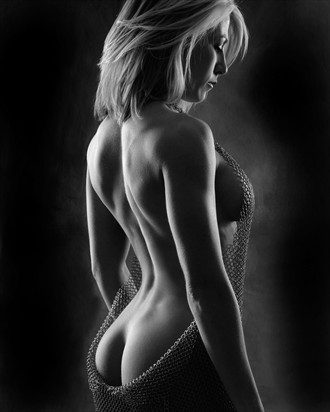 Fit Back Artistic Nude Photo by Photographer BodyPhotage