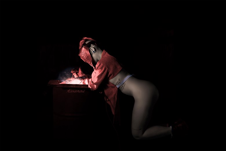 Flamework Femme Sensual Photo by Photographer Alanamous