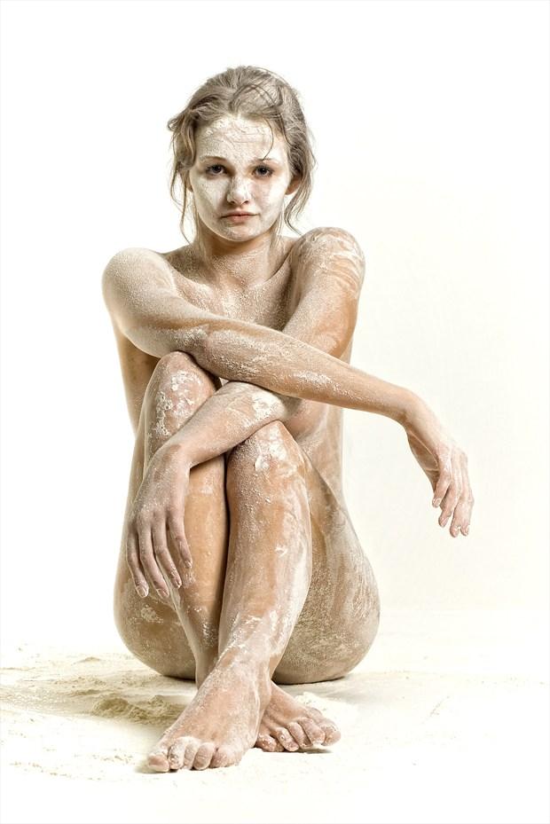 Flour Artistic Nude Photo by Photographer TarmoSiirak
