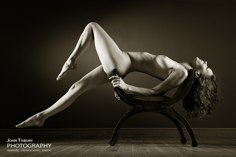 Flow Artistic Nude Photo by Photographer John Tisbury